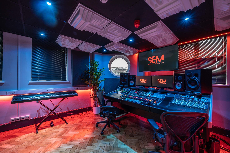 SEM Studio 1 5